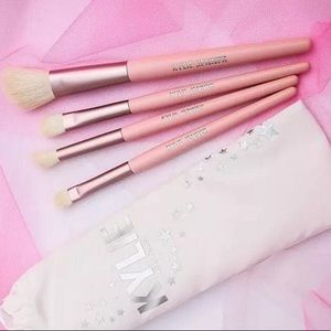 Kyle Jenners birthday collection brushes